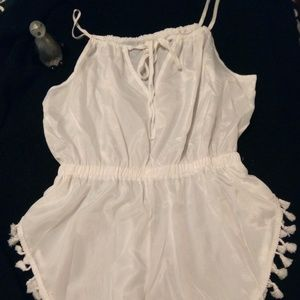 New without tags. Never been worn Baluoke romper